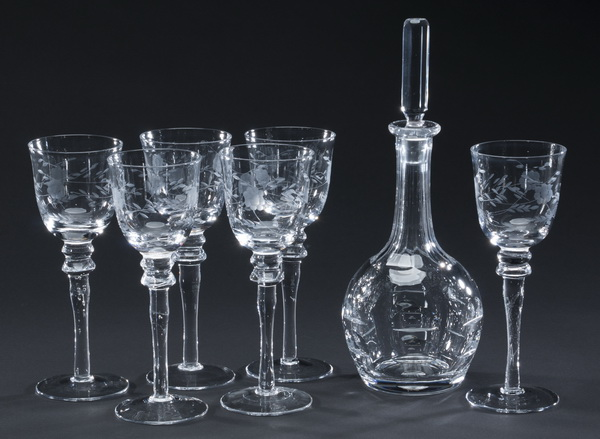 7pc etched crystal decanter set