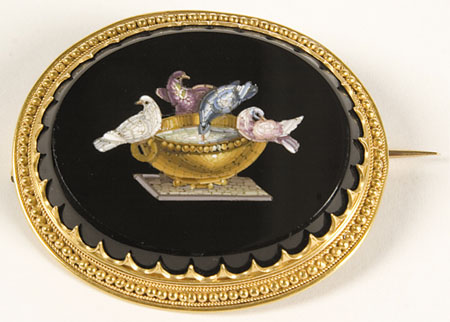Oval micro mosaic brooch, 18k, w/ original case