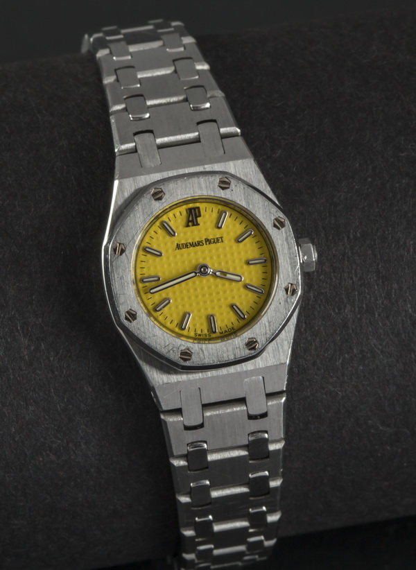 Ladies Audemars Piguet Royal Oak watch, 7