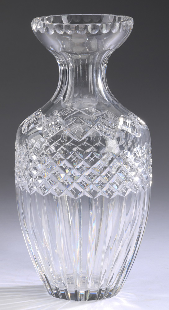 Etched and cut crystal vase, 12