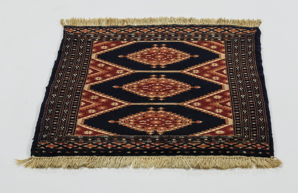 Hand knotted Sino Tribal wool mat, 2' x 2'