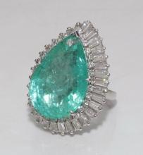 Emerald & diamond ring set in platinum, size 6.5