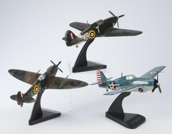 (3) Model World War II fighter planes, incld an F-4F