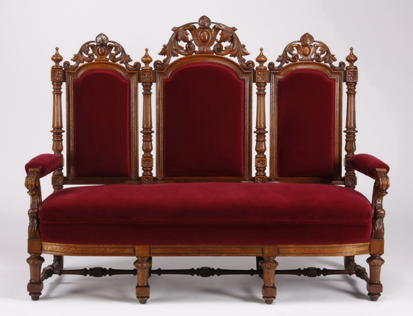 19th c. Continental carved oak settee in velvet, 68