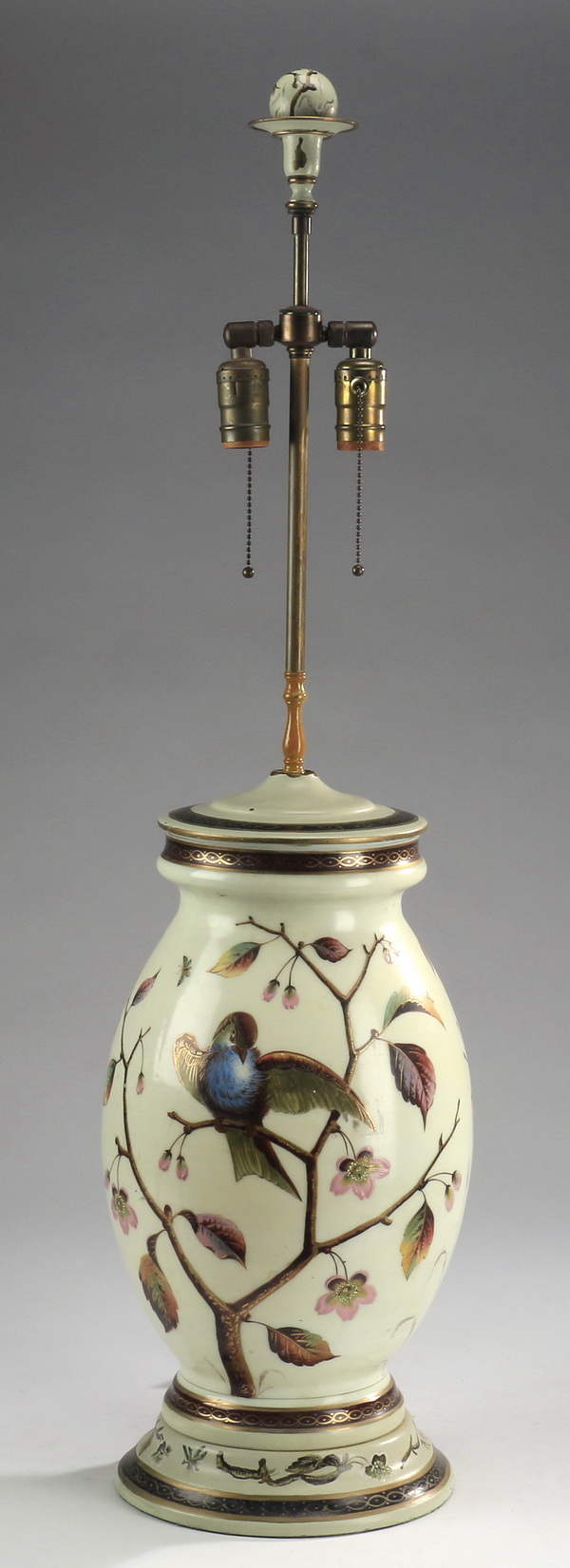 Continental tole lamp with birds, 38