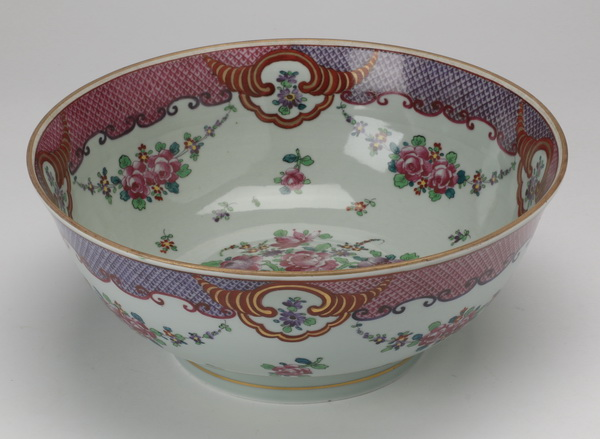 Continental hand painted porcelain bowl, 13