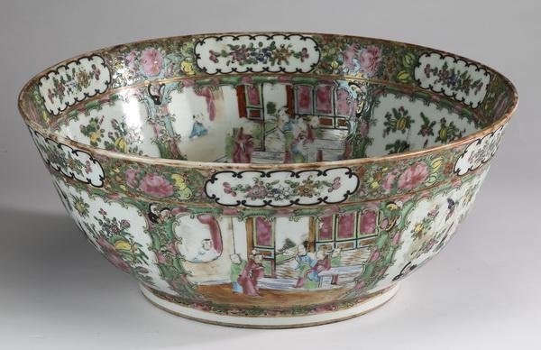 19th c. Chinese Rose Medallion center bowl, 16
