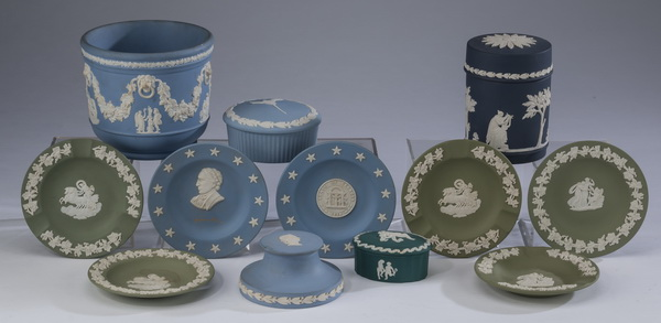 (12) Wedgwood jasperware table articles,