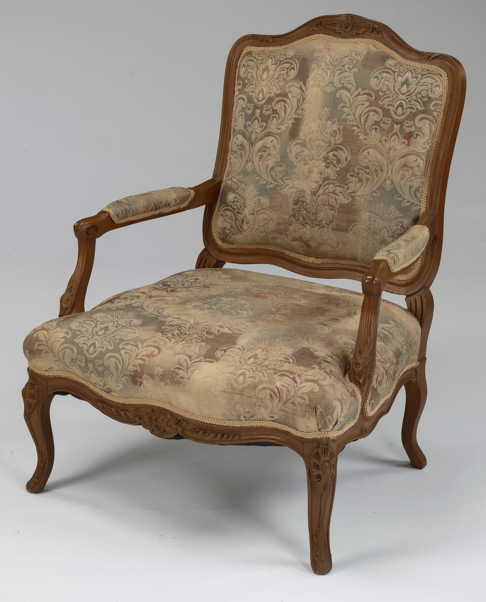 Carved fauteuil in the Louis XV taste