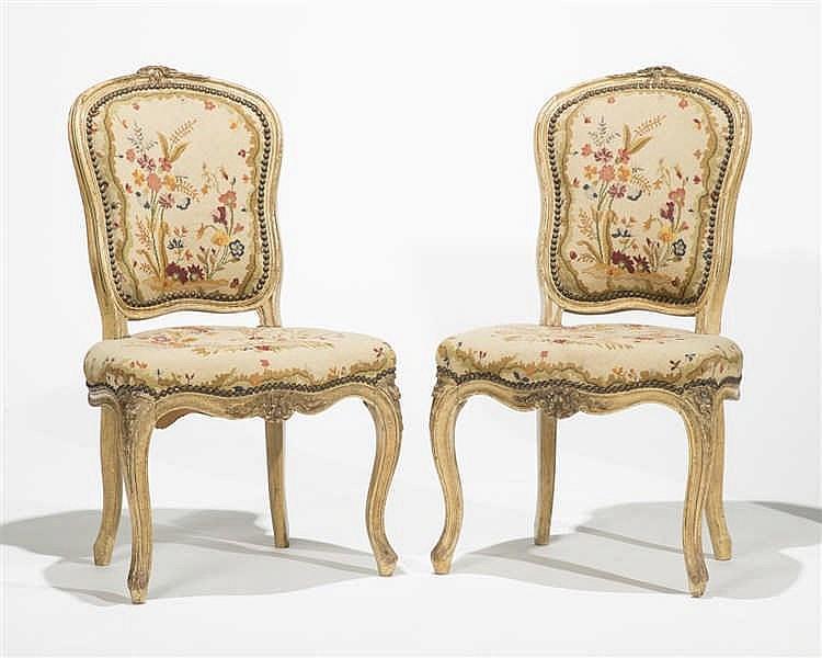 Paire de chaises d 39 poque louis xv for Chaises louis xv cannees