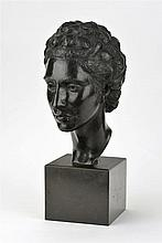 Kostadin Kouneff (1906-1982)  Tête de femme, sculpture en bronze patine