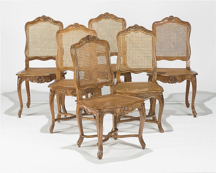 suite de douze chaises cann 233 es de style louis xv
