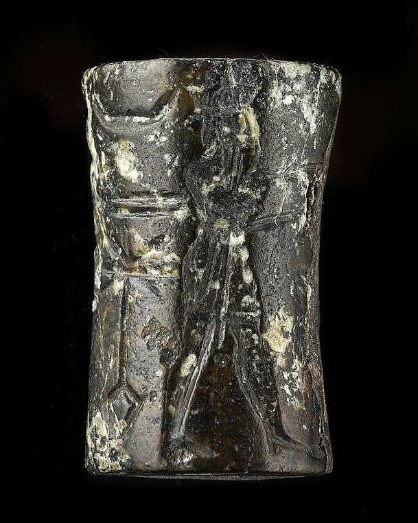 2 sceaux-cylindres, serpentine et calcaire, Akkad, 2340-2150 av. JC