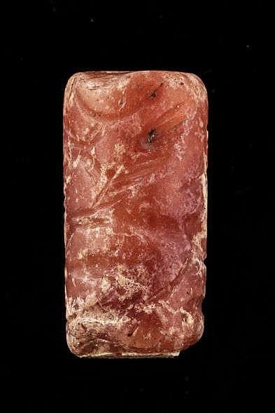 2 sceaux-cylindres, cornaline, médio-assyrien, 1400-934 av. JC