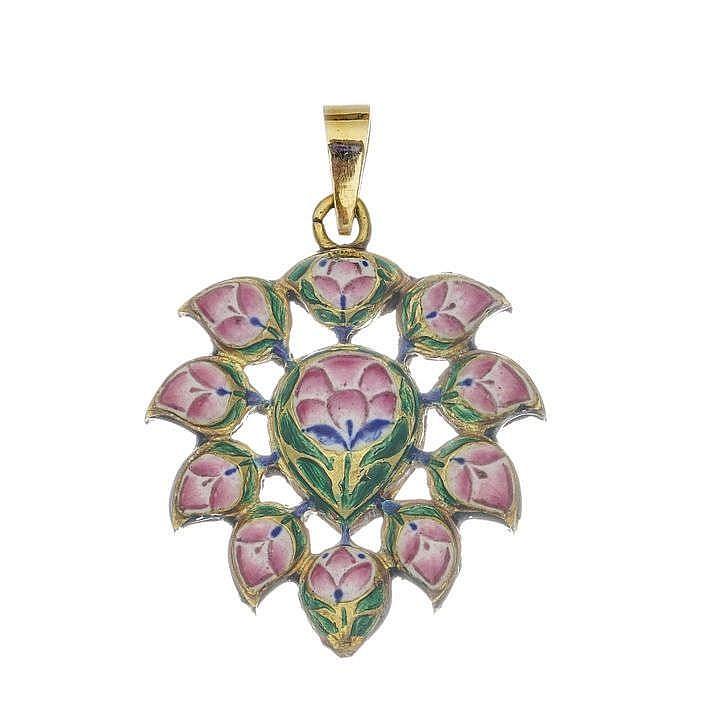 Pendentif à motif de gouttes serties de saphirs blancs et de verre sur paillon émaillé d'un décor floral au revers