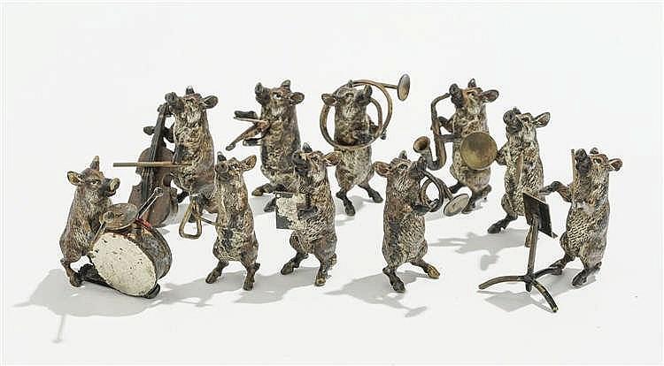 Orchestre de dix sangliers musiciens