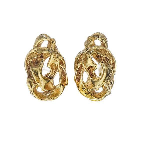 Gilbert Albert, paire de clips d'oreilles ajourés en or froissé