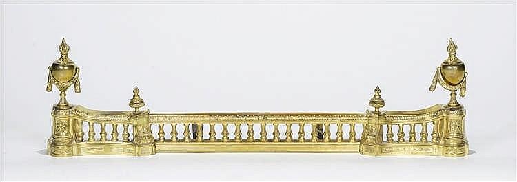 Barre de foyer de style Louis XVI