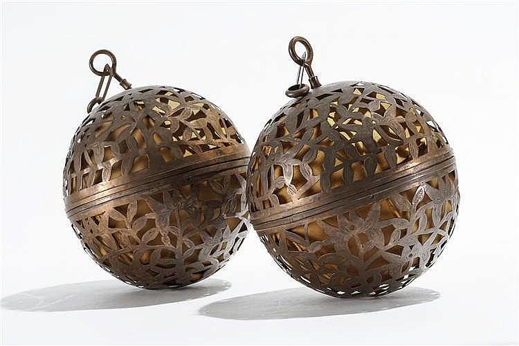 Paire de lanternes, propablement Proche ou Moyen-Orient