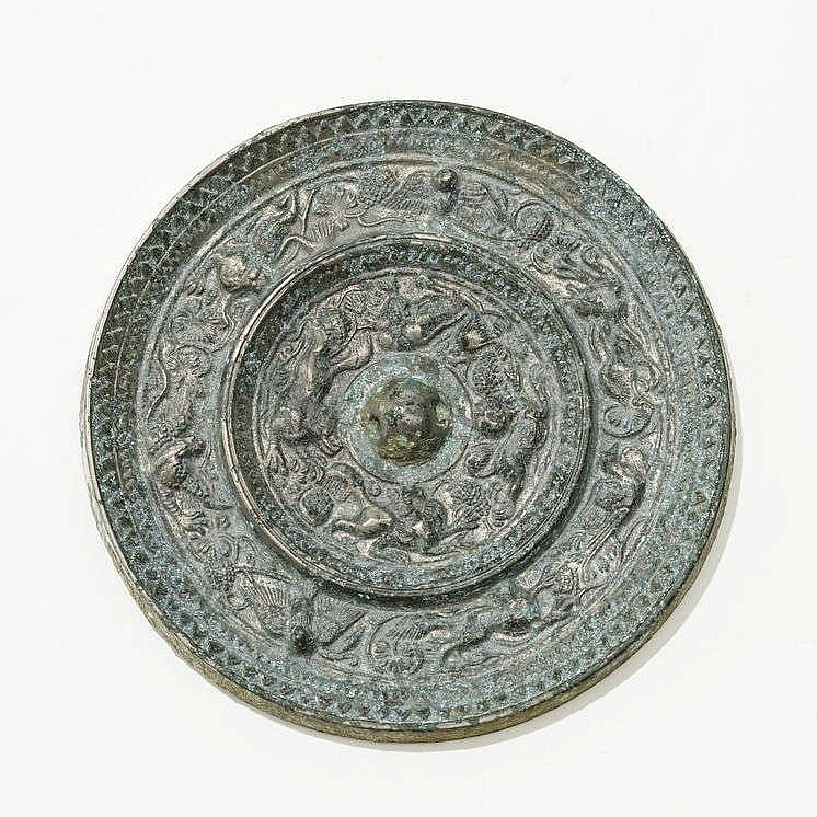Deux miroirs circulaires, Chine, dynastie Tang (618-907)