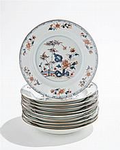 Suite de dix assiettes Imari, Chine, Compagnie des Indes, XVIIIe s