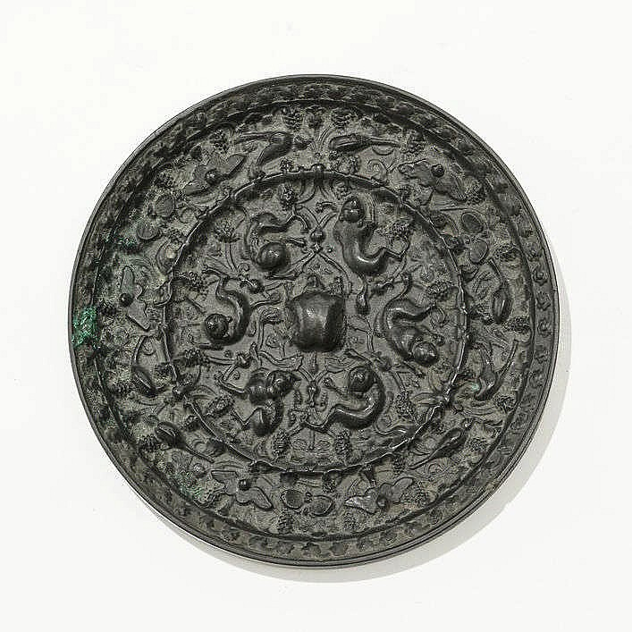 Miroir circulaire, Chine, dynastie Tang (618-907)