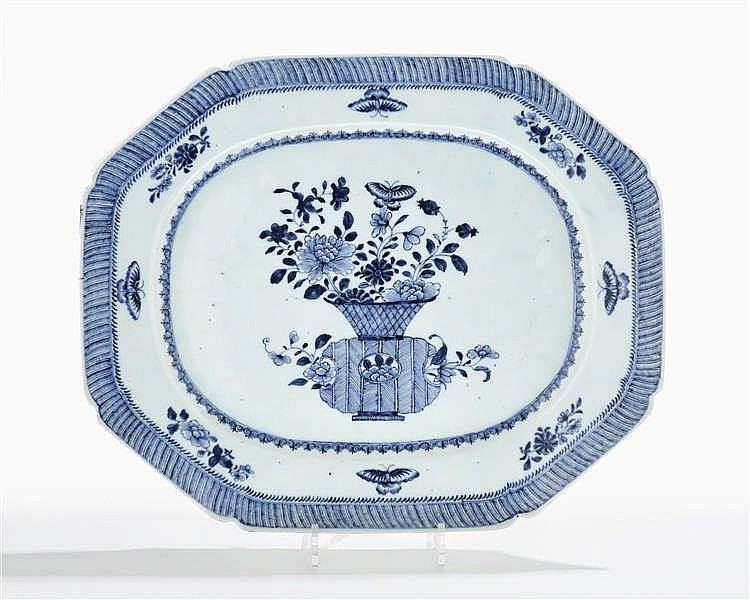 Grand plat octogonal, Chine, Compagnie des Indes, XVIIIe s