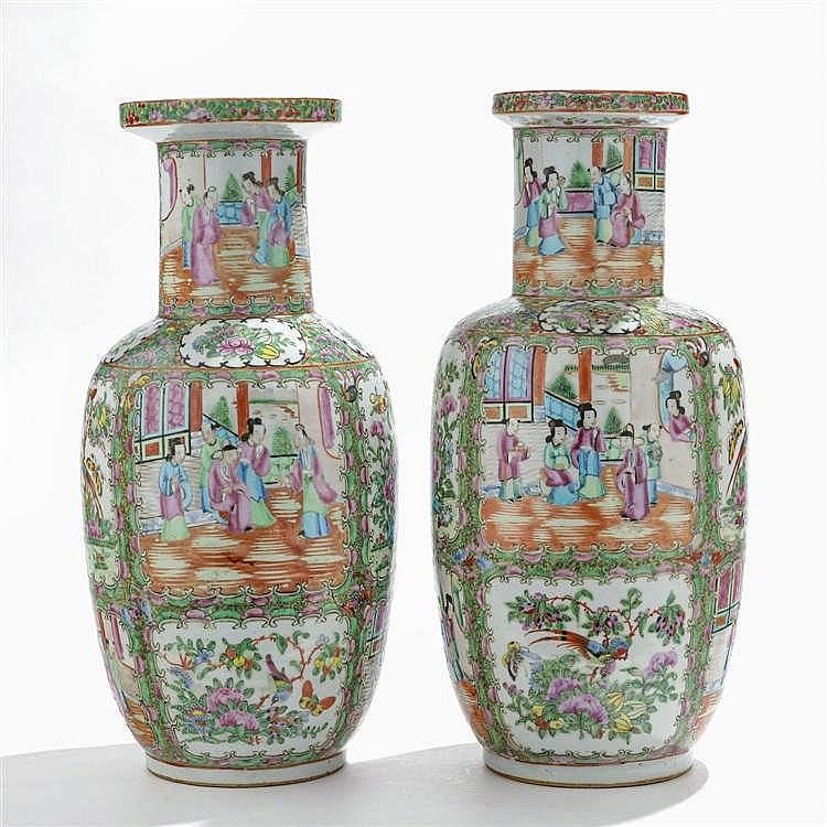 Deux vases balustres, Canton, milieu XIXe s