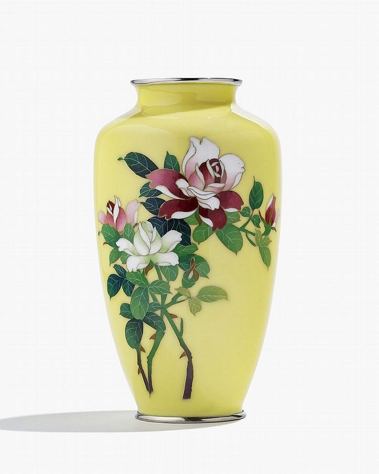 Vase en émail cloisonné, Japon, époque Meiji (1868-1912)