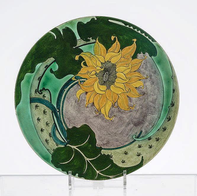 Grand plat rond à décor d'un tournesol, Purmerend
