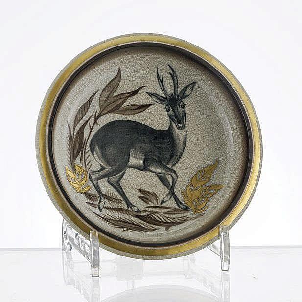 Assiette creuse à décor d'un jeune cerf, Royal Copenhague