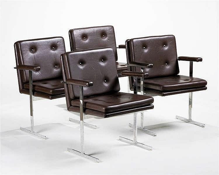 Quatre fauteuils design
