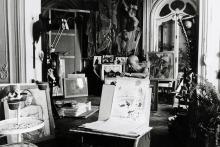 Quinn Edward, 1920-1997 (IRL) 2 photographs: Picasso bei der Arbeit in der Kapelle in Vallauris 1953; Picasso in der Villa La Californie bei Cannes