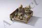 Autel votif Shivaïste : supporté par une table à puja de type bajoot, les deux divinités Shiva et Ganesh assis en adoration présentant des offrandes à un shivalingam sur yoni piédestal, accompagné de leur véhicule vahana le taureau Nandi et le rat.
