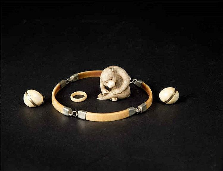 Qing, A Group of Four Ivory Earring, Necklace, Ring and a Monkey 清象牙猴子耳环项链戒指(一组四件)