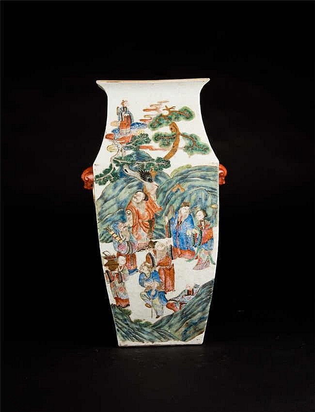 Qing, Xianfeng Famille-rose Square Vase with Figure Scene清咸丰粉彩人物四方瓶 高 (Height):41.0cm