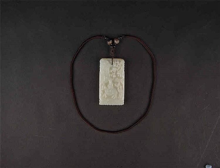 Qing, Jade Plaque 清 白玉踏雪寻梅牌 长(Length):8.4cm 宽(Width):5.2cm 重 (Weight) : 124g