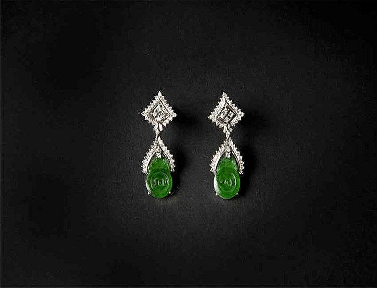 'Fu(Lucky)'Jadeite Earrings