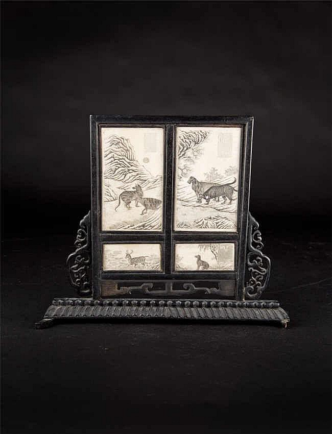 Republic Period Ivory Plaque Table Screen with Animals and Poems Artist Mark Yushuo 民国象牙雕动物诗字书房小桌屏(于硕) 高 (Height): 25cm 宽(Width):16.5cm 重 (Weight) : 328g