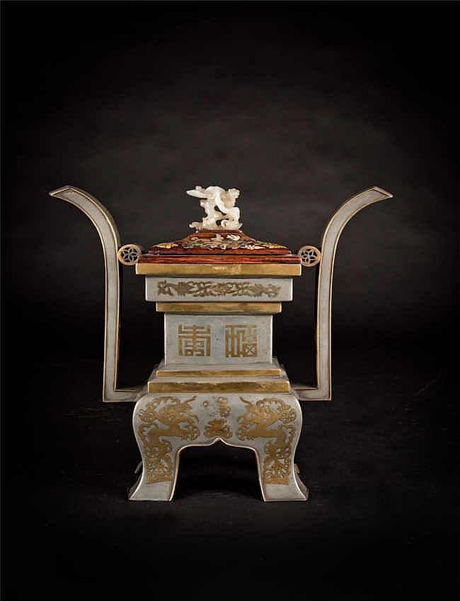 Qing, Qianlong Gilt Bronze Censer 清乾隆 白铜鋶金四方福寿鼎