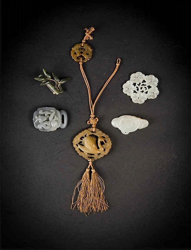 Qing Five Jade Carvings 清白玉福蘑菇,玉花(一组五件)