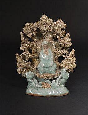 Ming, Longquan Celadon Guanyin Grotto 明代龙泉观音 高(Height): 25.0cm 宽(Width):9.8cm