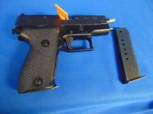 Sigsauer Pistol 9MM, Semi-Automatic