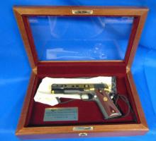 Colt Automatic Pistol 45 incl.wooden case