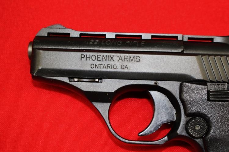 Pistol Phoenix Arms Model Hp22a