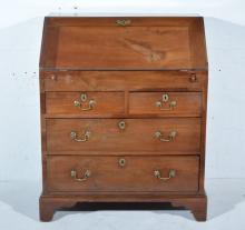Georgian mahogany bureau, fall front enclosing an interior fitted with well