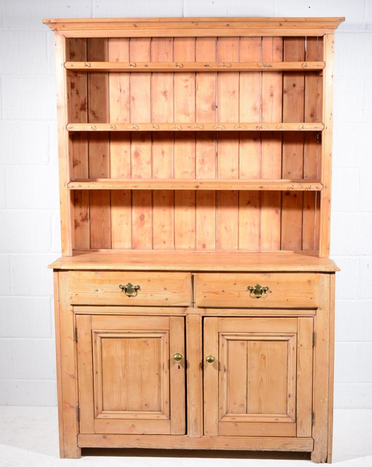 Pine Welsh dresser, upper section with three fixed shelves, moulded rectang