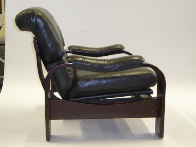 Alvar aalto style 80s bentwood and leather lounge chairs for Alvar aalto chaise lounge