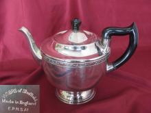 Antique Art Deco British silver plated serving coffee teapot bakelite handle
