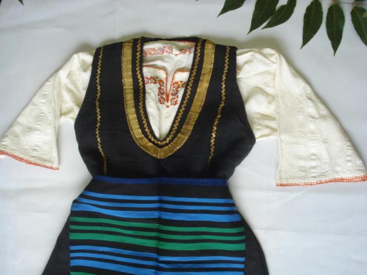 Linens & Textiles (pre-1930) Antiques Antique Folk Art Hand Embroidered Child Shirt 19c